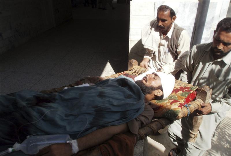 Al menos 18 muertos y 41 heridos en un ataque suicida en una zona tribal paquistaní