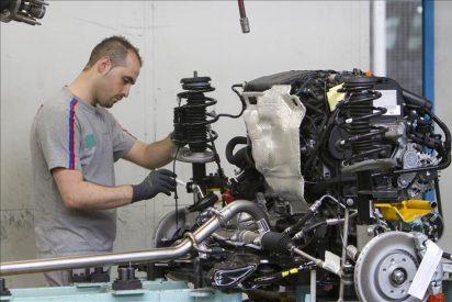 El índice de producción industrial cae el 10,4 por ciento en marzo en la tasa interanual