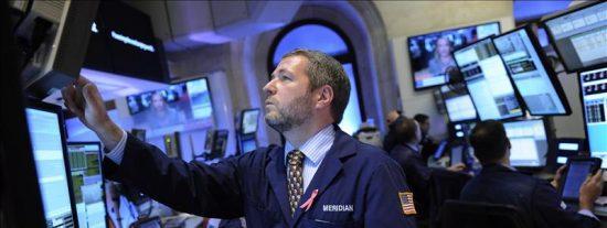 Wall Street cierra con un descenso del 0,59 por ciento en el Dow Jones de Industriales