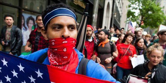 Ocupa Wall Street lleva a Times Square la indignación del 15M un año después