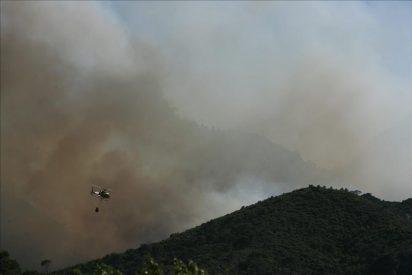 El incendio de Rasquera sigue activo tras quemar 700 hectáreas
