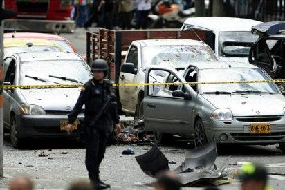 Un atentado contra un exministro deja dos muertos y 48 heridos en Bogotá