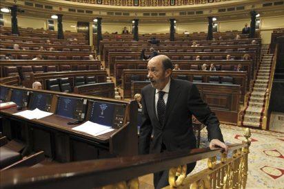 Rubalcaba propondrá a Rajoy llevar un mensaje 'unitario' a la Cumbre Europea