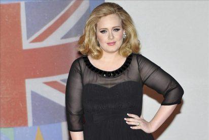 La cantante Adele triunfa en los premios Billboard en una gala con notables ausencias