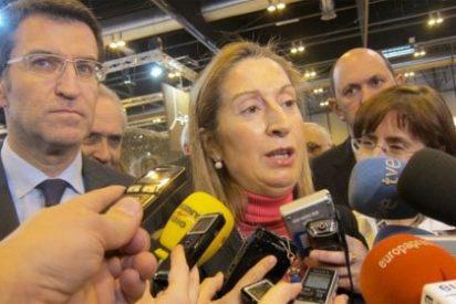 Ana Pastor quiere racionalizar el desmadre aeroportuario gallego