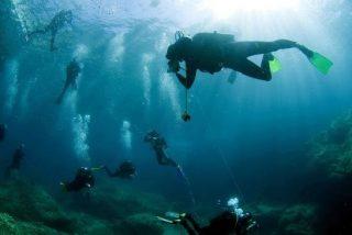 Escuchar música mientras nadas, buceas o haces surf ya es posible
