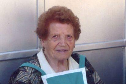Cáritas Valencia celebra el 100 cumpleaños de su decana