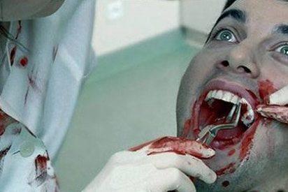 Una dentista se venga de su ex novio sacándole todos los dientes