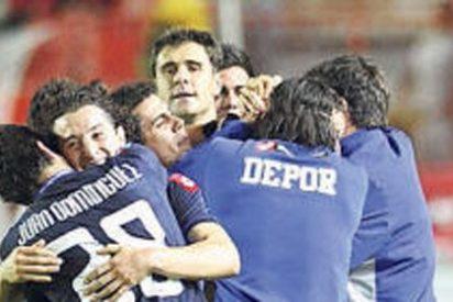 El Deportivo gana al colista Nàstic y acaricia el ascenso directo