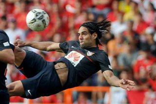 Falcao hace el gol del año y el Atlético de Madrid triunfa en Colombia