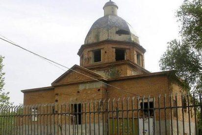 La «iglesia rota» de Usera sigue abandonada