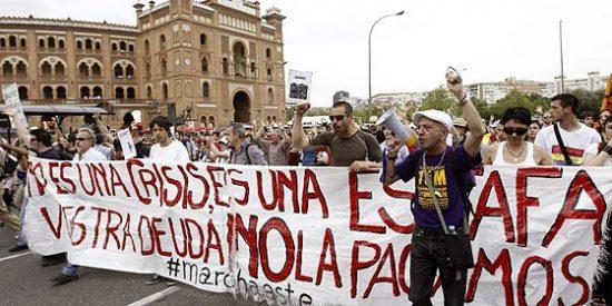 """Lo dice hasta El País: """"El 15-M pierde fuerza en la calle tras los desalojos"""""""
