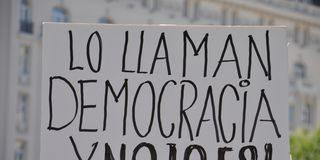 ¿Democracia o bictadura?