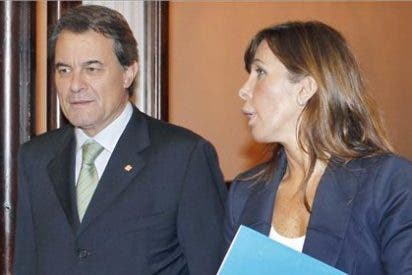 Sánchez-Camacho maniobra a favor de Mas: quiere que el PP 'català' no se oponga al pacto fiscal de CiU
