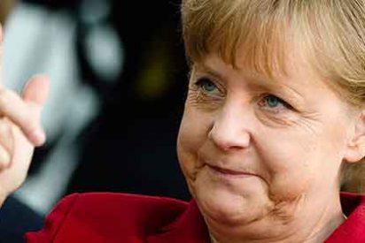 Angela Merkel yerra al situar Berlín en un mapa y lo ubica en Rusia