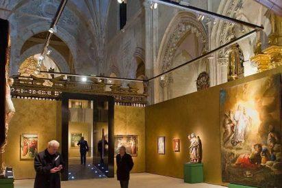 La Reina inaugura en Oña (Burgos) la exposición 'Monacatus'