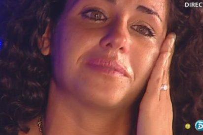 Noemí ('GH12+1') toca fondo: tras un broncazo de Milá, su madre la saca del plató llorando y a gritos