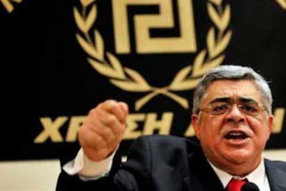 """Del """"ustedes se han de levantar"""" de Pujol al """"¡levantaos!"""" de los 'gorilas' griegos"""