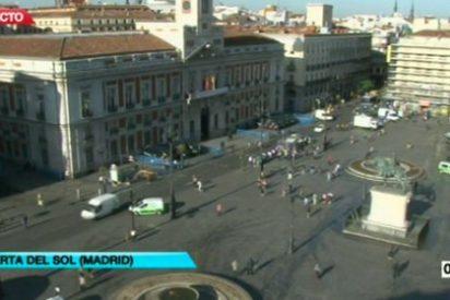 TVE, altavoz del 15-M: conecta media docena de veces con una Puerta del Sol vacía