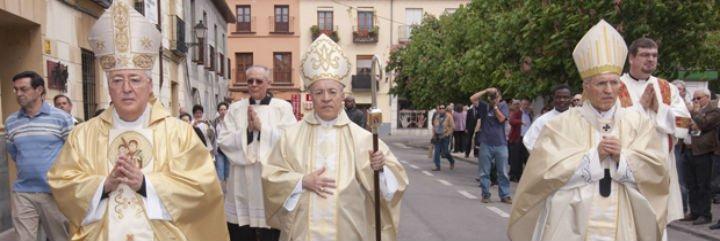 """El cardenal Rouco se solidariza con Reig Pla y denuncia """"lamentables injerencias en la vida de la Iglesia"""""""