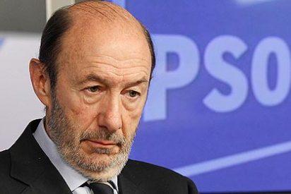 TVE trata a Rubalcaba 'como si hubiera ganado las elecciones en Francia'