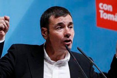 Tomás Gómez se suma a la huelga por los recortes en educación