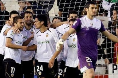 El Valencia se asegura la plaza de Champions tras golear a Osasuna