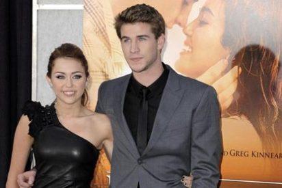 Miley Cyrus prometida con la estrella de 'Los juegos del hambre' Liam Hemsworth