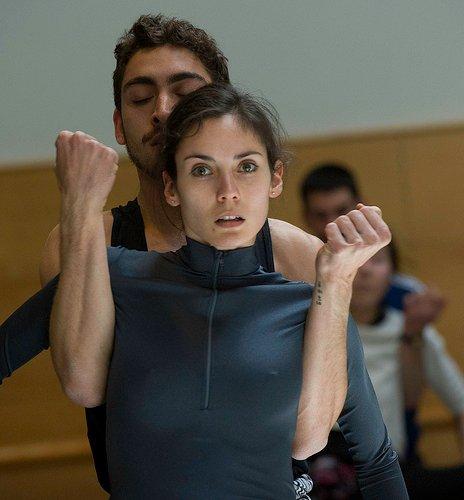 La Compañía Nacional de Danza se refugia en Kylián