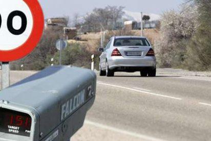El Gobierno baja la velocidad en carreteras convencionales a 90 km/h
