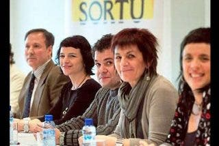 """Patxi López: """"Si olvidamos, los asesinos dejarán de serlo"""""""