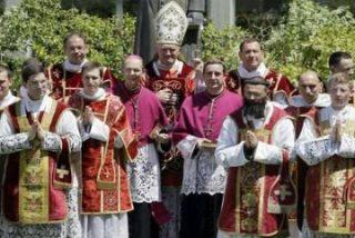 La Santa Sede ofrece a los lefebvrianos una Prelatura Personal tras su reingreso a Roma