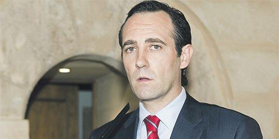 Jose Ramón Bauzá hará un ERE a los diputados del parlamento balear