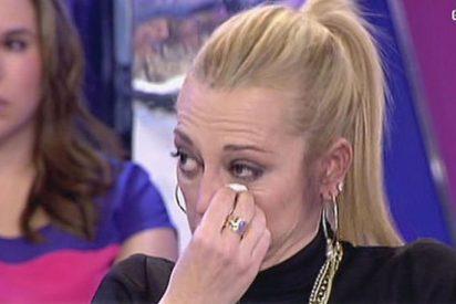 """Fotos sosas, ridículo y photoshop de la Esteban como icono gay en Interviú: """"Soy del PP y católica pero moderna"""""""