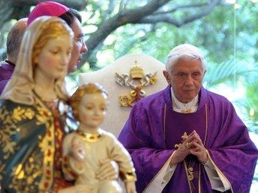 """Papa: """"El Magnificat denuncia la ilusión de los que se creen señores de la historia"""""""