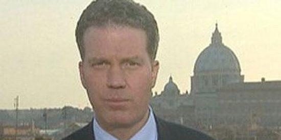 El Vaticano ficha a un periodista del Opus Dei para mejorar su estrategia ante la crisis