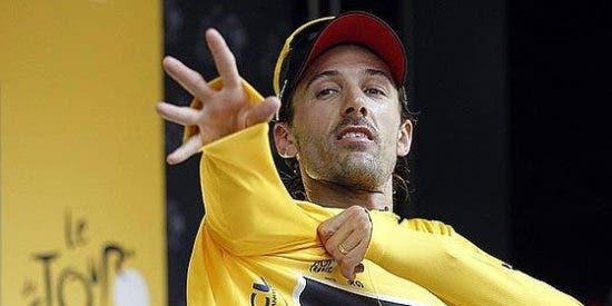 El suizo Cancellara gana el prólogo y se viste de amarillo en el Tour