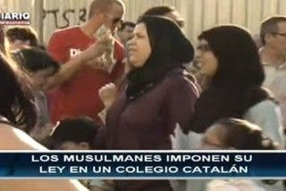 Matones musulmanes pegan a chicos que llevan bocadillos de cerdo al colegio