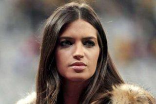 """Una parte de Twitter muestra su descontento con la retransmisión de Mediaset: """"Sara Carbonero es al periodismo lo que Kiko Rivera al mundo de los DJ's"""""""