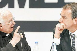 Zapatero es abucheado en el debate con el cardenal Cañizares