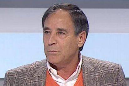 Casado, defensor de la negociación con ETA, llora ahora con las víctimas de Hipercor