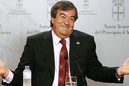 """Álvarez-Cascos se despidió de la presidencia de Asturias convocando subvenciones por 275.600 euros para la """"normalización"""" del asturiano y el gallego-asturiano"""