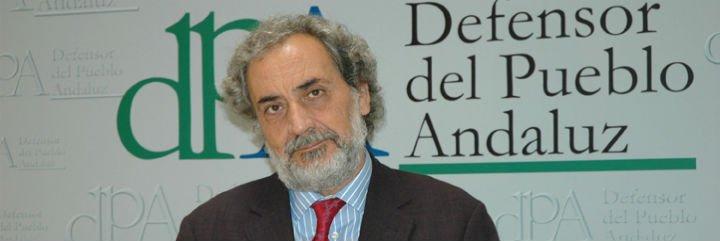 """El Defensor del Pueblo andaluz a los políticos: """"La gente está hasta el gorro de todos ustedes"""""""