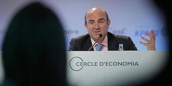 "De Guindos: ""El futuro del euro se juega en España e Italia"""