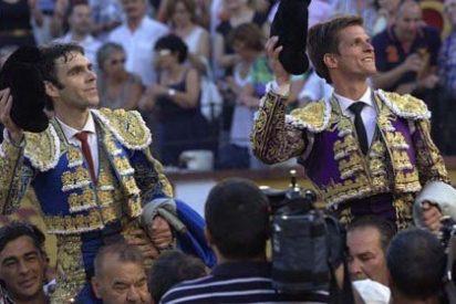 José Tomás y 'El Juli' conquistan Badajoz en una gran tarde de toros