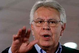 Sólo en España podía un político desastroso como Felipe González convertirse en un gurú de la política
