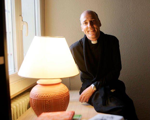 Un sacerdote español lanza la aplicación interactiva de iMisa
