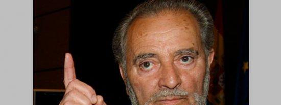 """Anguita se postula para liderar una """"operación política"""" radical"""