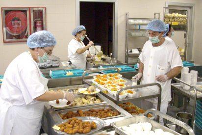 Los pacientes del Hospital de Talavera muestran su satisfacción por la comida del centro