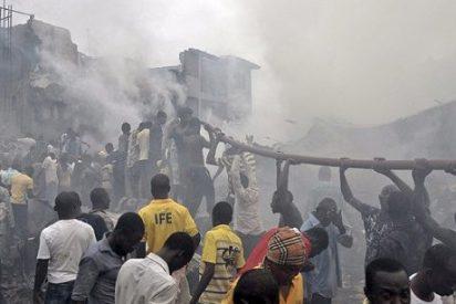 Las autoridades elevan a 153 muertos en el accidente aéreo de Lagos